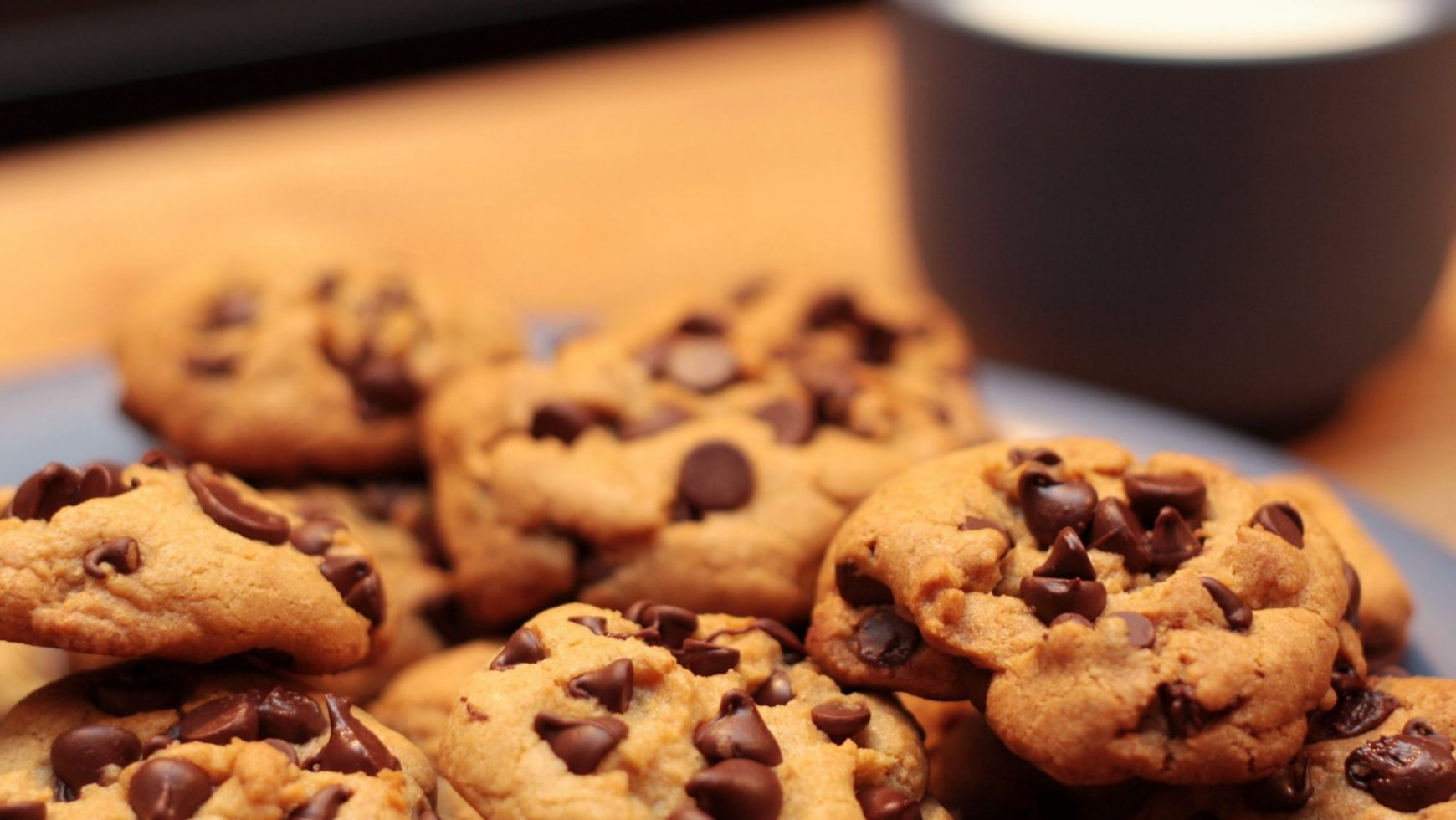Best Big & Chewy Chocolate Chip Cookies